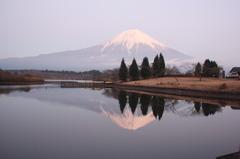 田貫湖の夕景富士