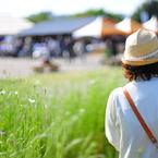 NIKON NIKON D300Sで撮影した風景(風と花に包まれて)の写真(画像)