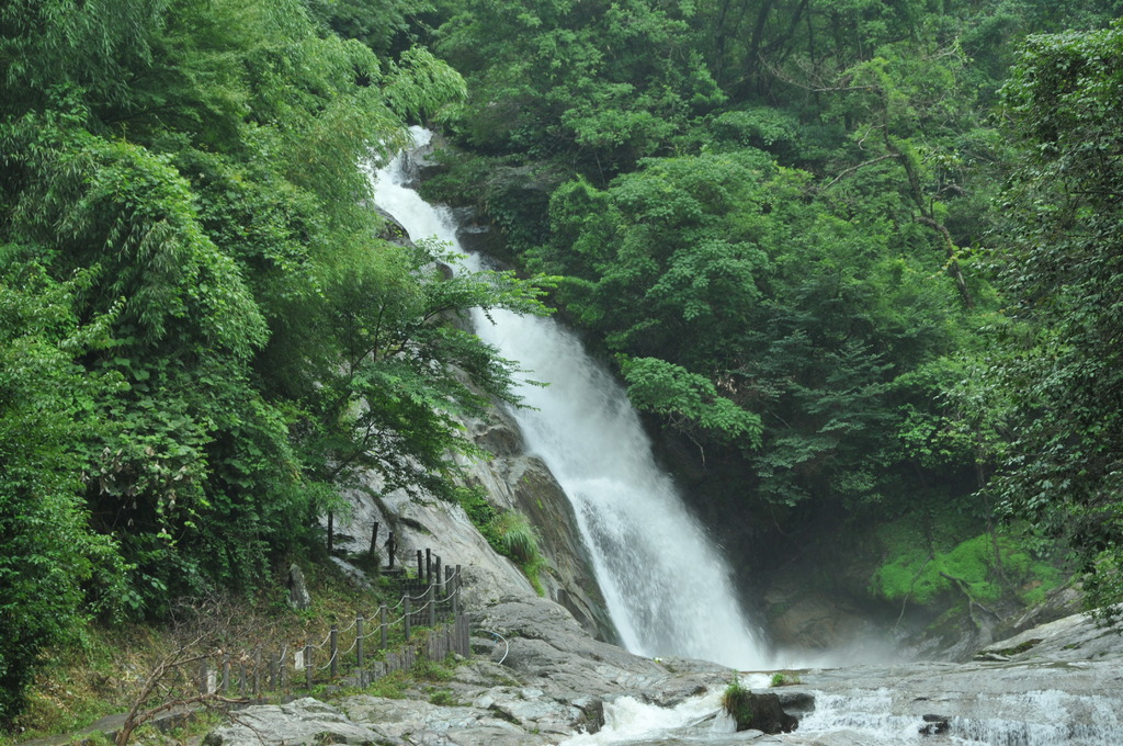 観音の滝(佐賀・七山村)