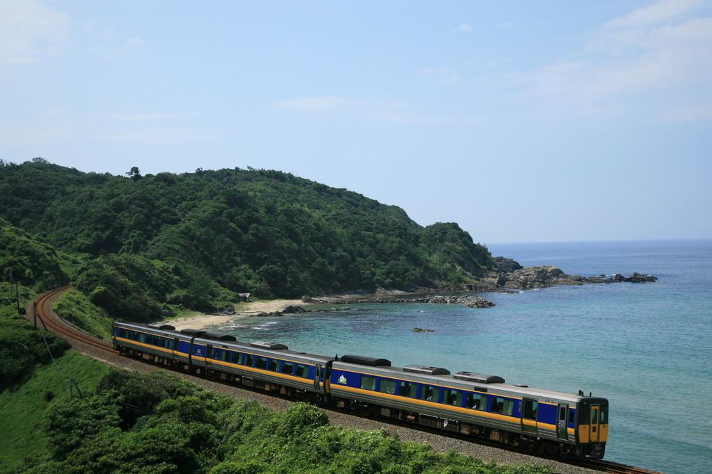 海岸線の列車