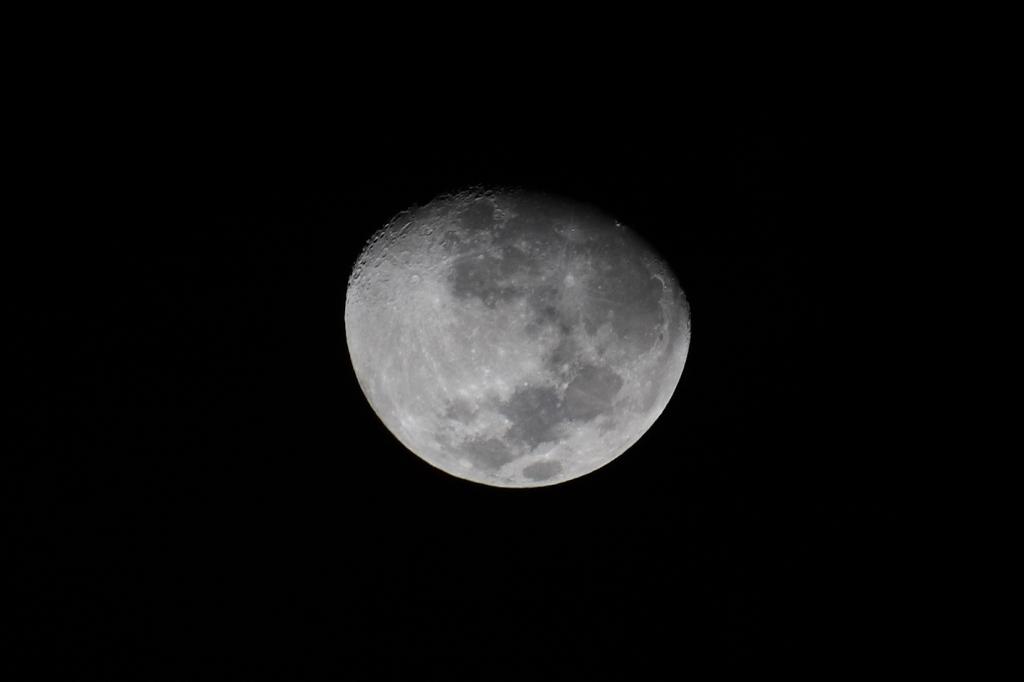 サイパンで見る月