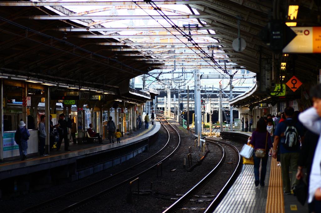 ある日の駅