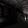 白黒レンガ倉庫