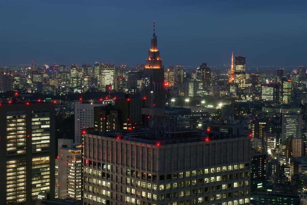 都庁南展望台 タムロン50mm