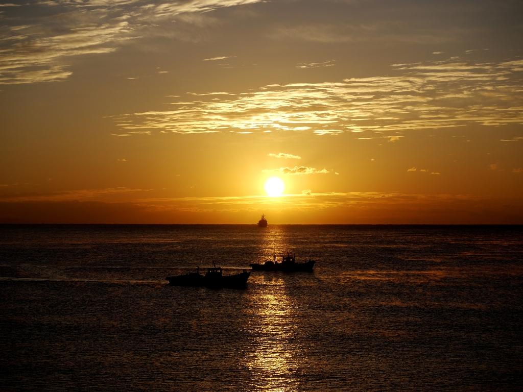 朝の太平洋3