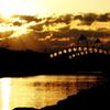夕日に輝くチェリーブリッジ