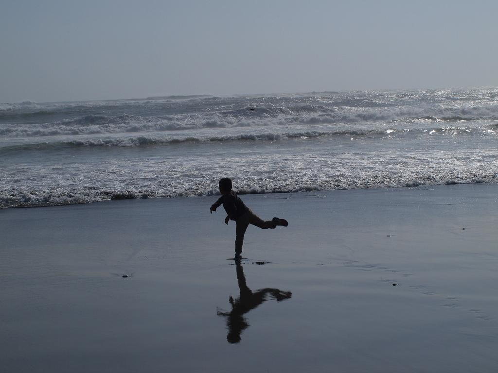 海の向こうまで