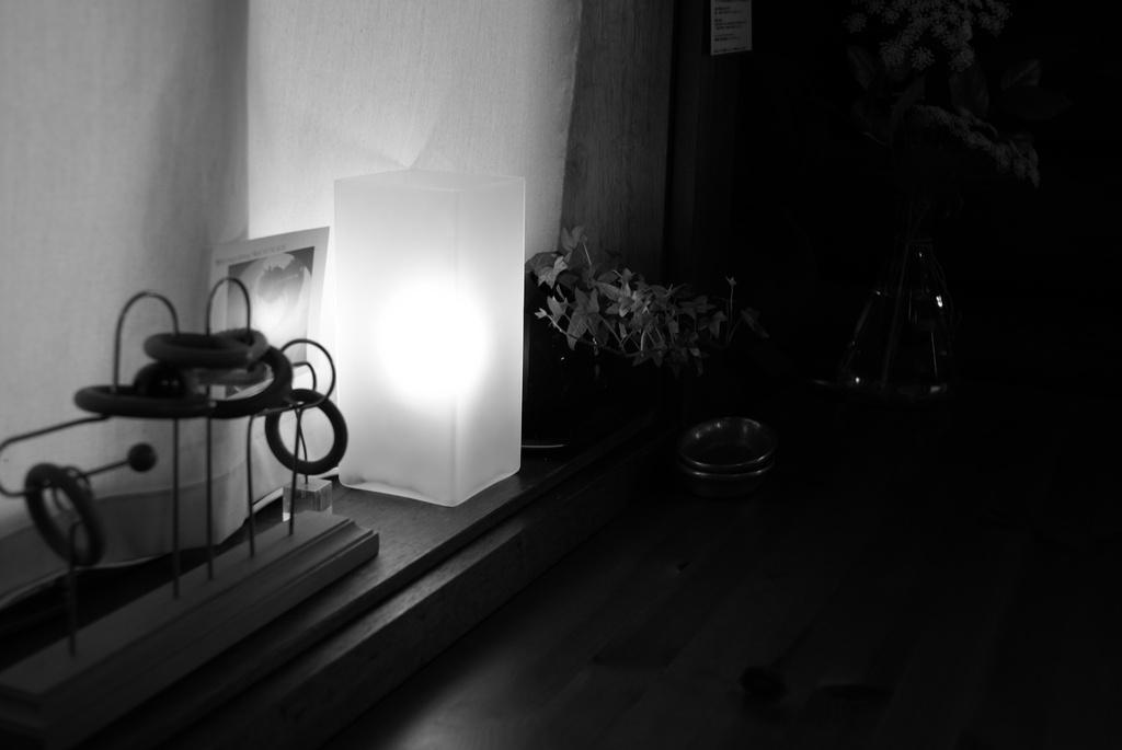 カフェテーブル2