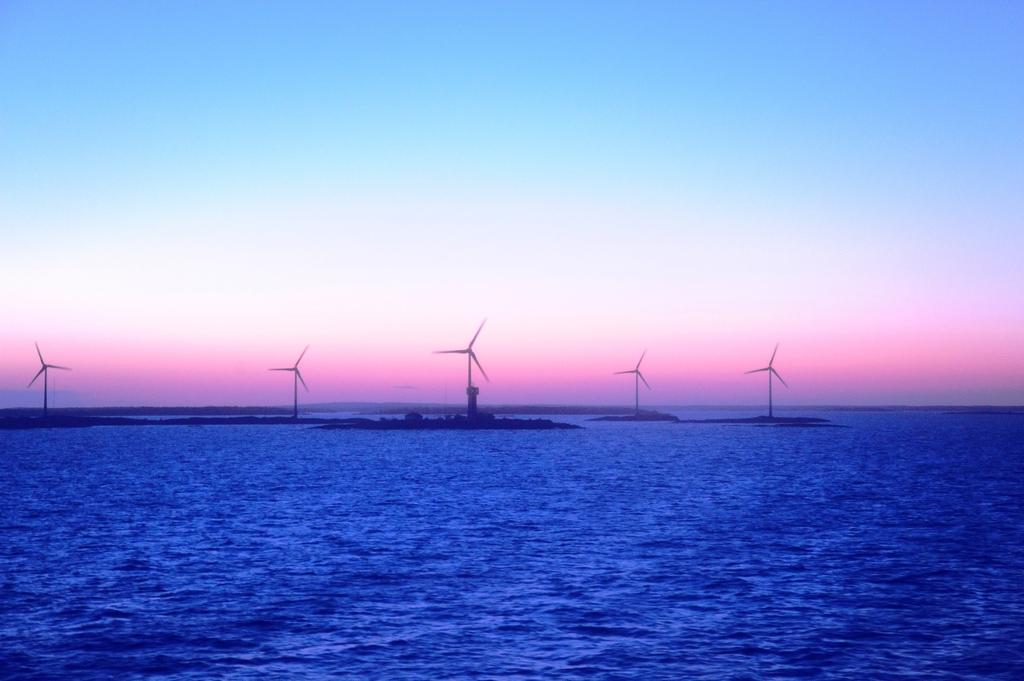 夜中の風車