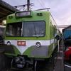 緑色の電車