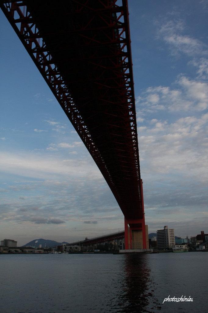 我が町へ延びる橋