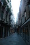 ヴェネチアの路地