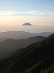 北岳から眺める富士山