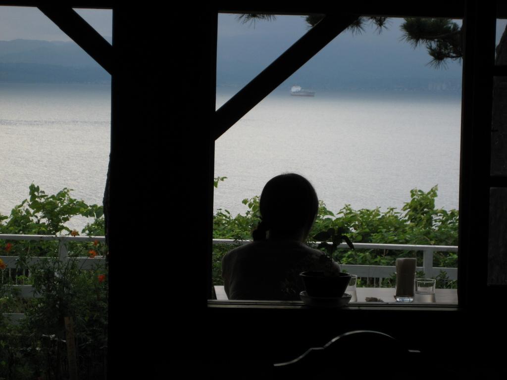 海が見えるカフェ