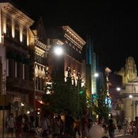 SONY NEX-7で撮影した建物(夜のテーマパーク)の写真(画像)
