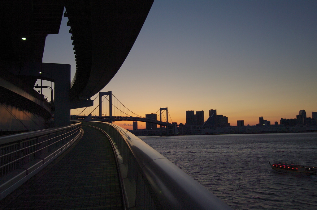 黄昏時・レインボーブリッジ 1