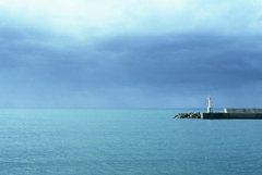 記憶に中にしまってあった景色~白い灯台~