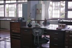黒電話のある事務室