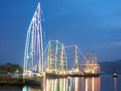 帆船ライトアップ