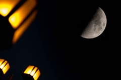 今日の月・・よく見える(⌒▽⌒)b