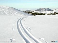 立山 室堂で山スキー