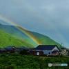 雨なのに虹