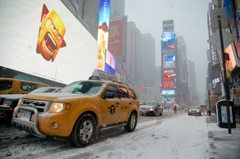 Blizzard in Times Square①