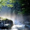 清流と光のシャワー