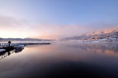 わかさぎ釣り場冬の朝