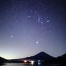 富士と冬の大三角