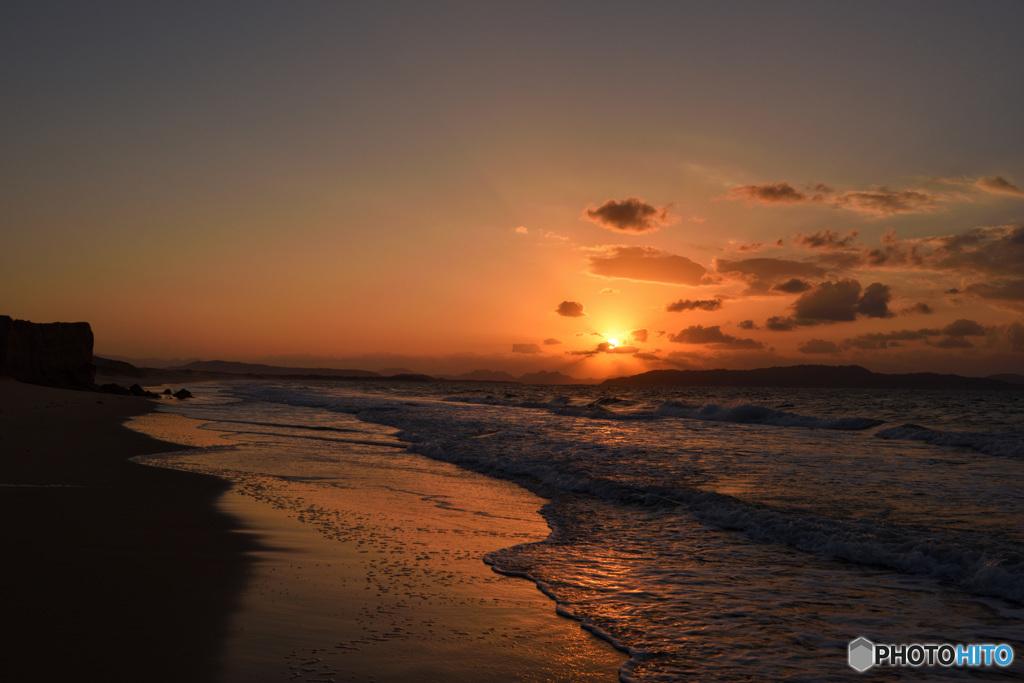 いつもの浜辺~夕陽に感謝です