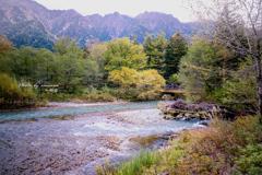 秋色の梓川