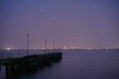 桟橋の向こう側