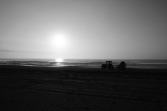 砂浜トラクタ