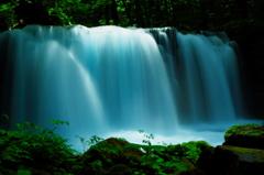 光、降る大滝
