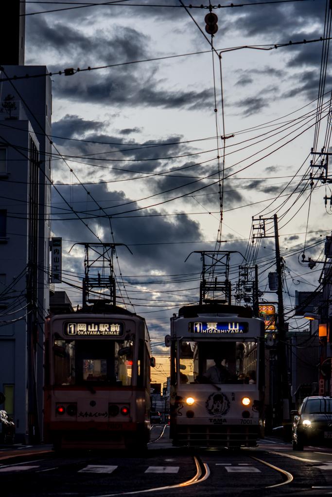 夕焼けの路面電車 3