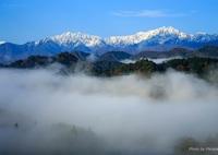 CANON Canon EOS 6Dで撮影した(霧が立ち込めた小川村から)の写真(画像)