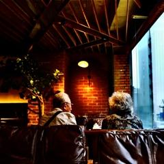 喫茶店の老夫婦