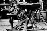 ジャズを愛するオンナ・・三題    小股の・・