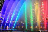 七色に彩られる水の都