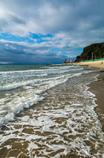 野間灯台が見える浜