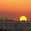 だるま夕日と船 播磨灘 20180217