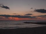 だるま夕日の後 播磨灘の海岸