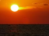 尾を引く夕日 播磨灘