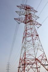 紅白のV吊懸垂鉄塔