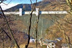 小河内ダム正面全景
