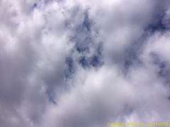 10:23 iPadAir 5M曇り空 -little Blue mix-
