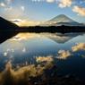 精進湖の朝2