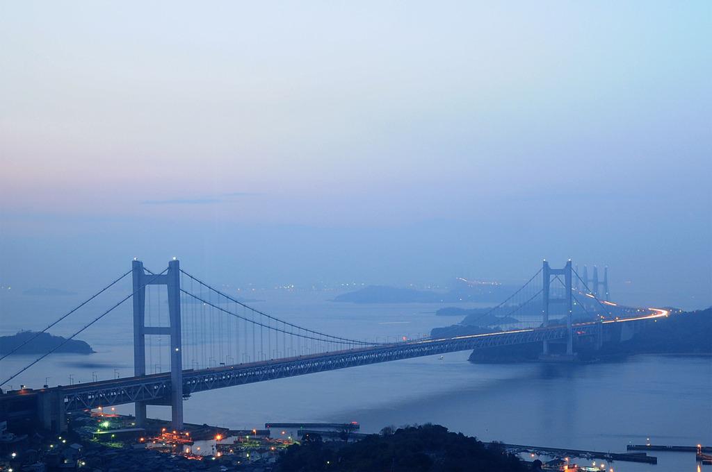 朝モヤ瀬戸大橋