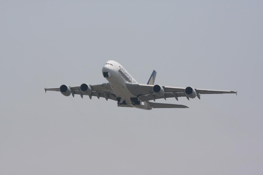 A380  -16